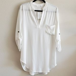 Lush•White Perfect Roll-Tab Sleeve Tunic